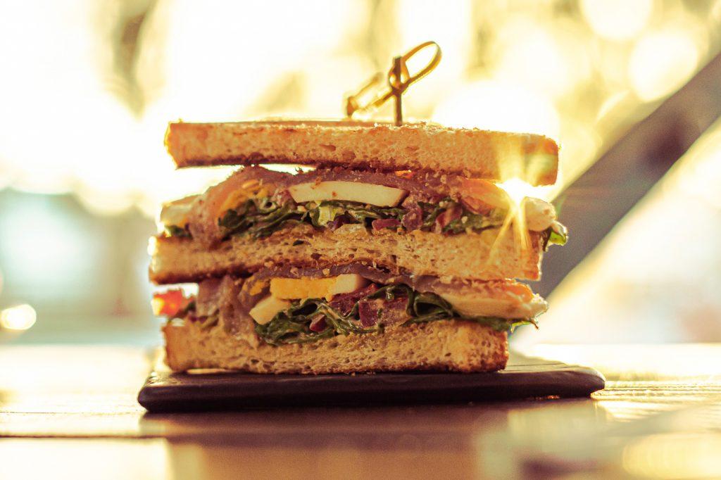 Club Sandwich Ô Bouche à Oreille